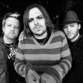 Seether Rises Up the Charts
