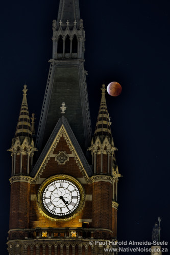 Capturing the Super Blood Moon Eclipse over Kings Cross St. Pancras in London, United Kingdom. You can read about my experience here: http://www.nativenoise.co.za/2015/09/capturing-the-super-blood-moon-in-london-september-2015/